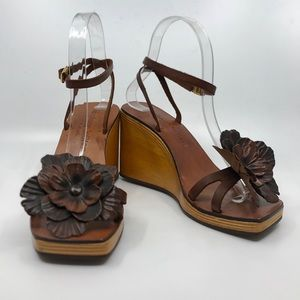 STEPHANE KELIAN Leather and Wood Wedge